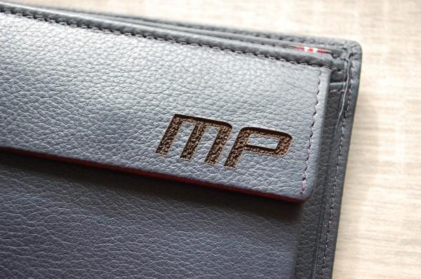 Gravur auf Leder Geldbörse/Portemonnaie Kundenmaterial
