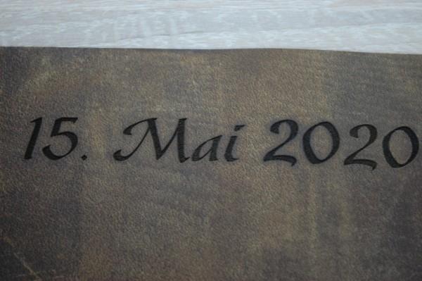 Gravur auf Leder Kundenmaterial
